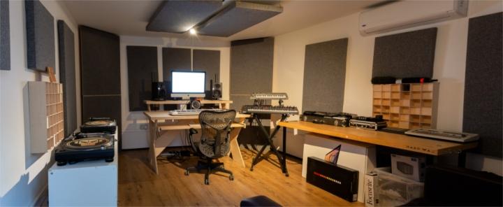 Ten 87 Studios-212s